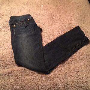 *GUESS* Jeans Daredevil Skinny Leg Size 24
